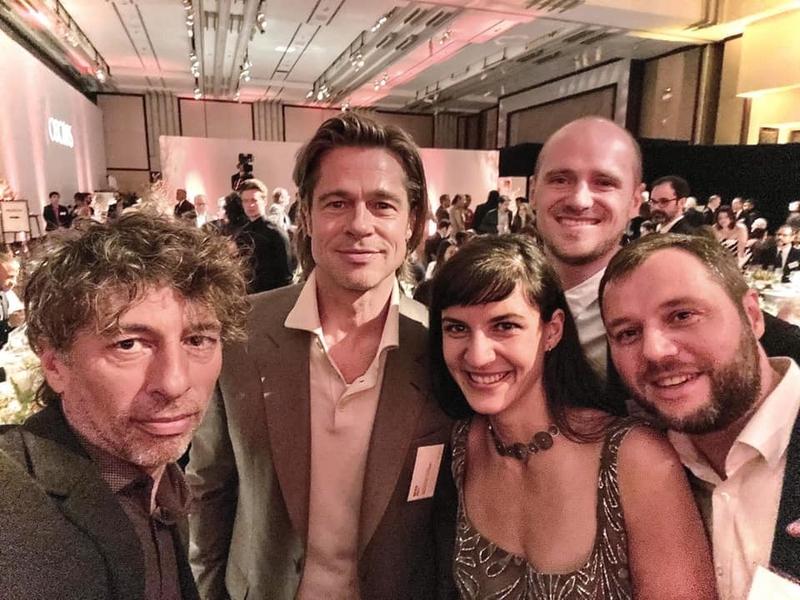 """Екипата на """"Медена земја"""" рамо до рамо со мега популарните холивудски ѕвезди"""